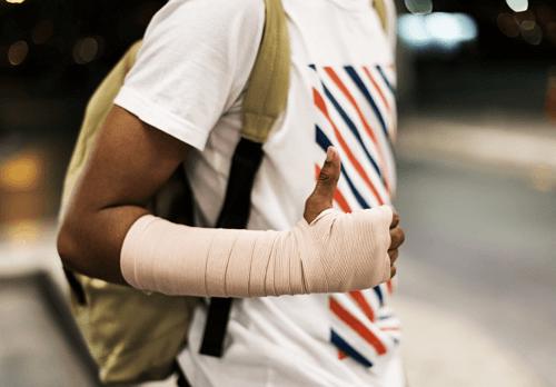Lesiones y gastos médicos por accidente en coche o moto